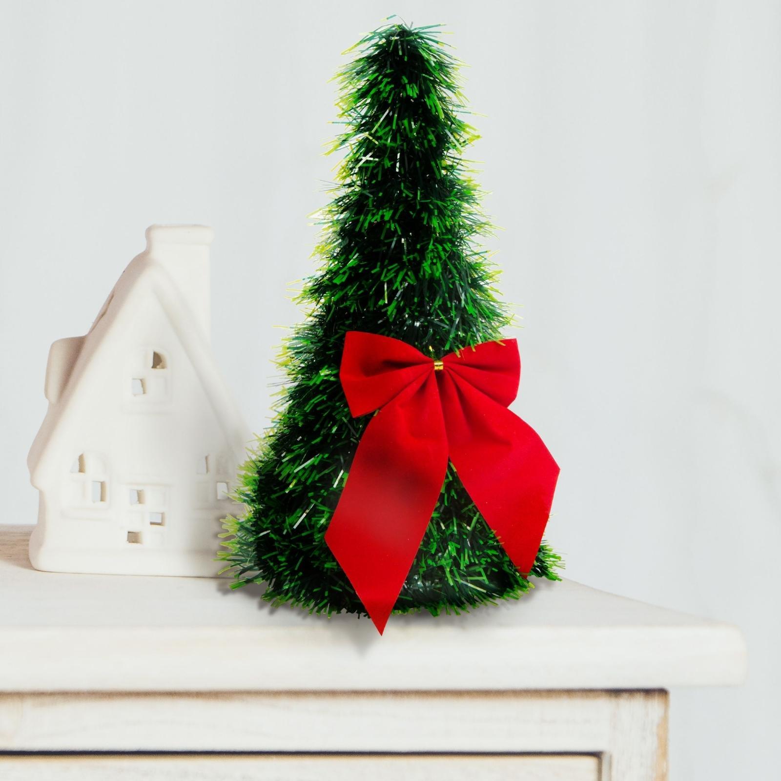 Umelý vianočný strom na stôl - zelený - 2 červené mašle - 26 cm